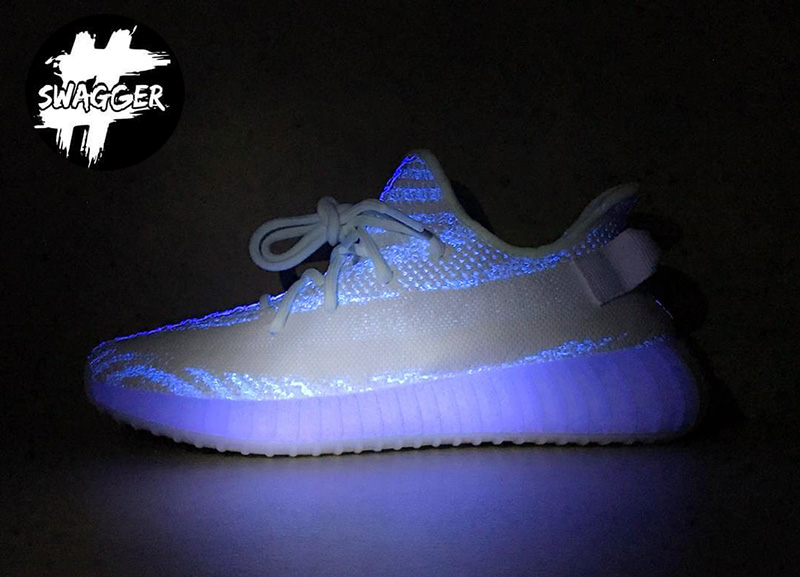 Giày Adidas Yeezy Boost 350 V2 Cream/Triple White Pk God Factory 10