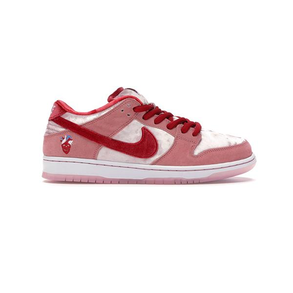 Giày Nike SB Dunk Low Pro QS x StrangeLove Pk God Factory