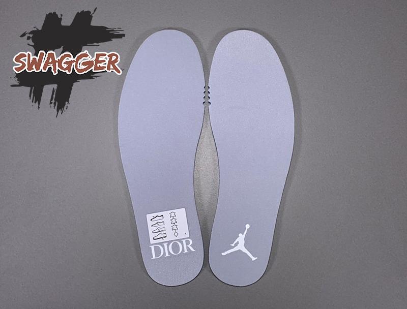giày nike Giày Nike Air Jordan 1 Retro High Dior pk god sử dụng chất liệu chính hãng chuẩn tương đương hãng, full box và phụ kiện hàng chuẩn nhất hiện nay khó có thể phân biệt được đâu là chính hãng đâu là fake