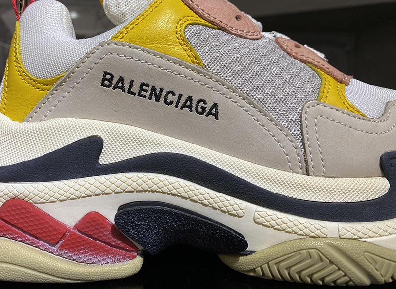 giày balenciga triple s hồng hàng plus factory. chuẩn 99.9% so với chính hãng, phom chuẩn chữ thêu đúng, đế bẩn full box và phụ kiện