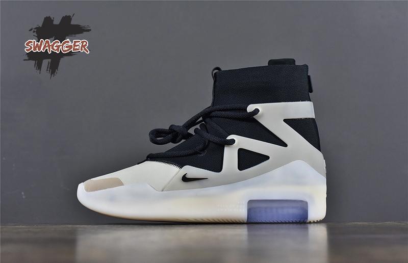 Nike Air Fear OF God 1 String The Question sử dụng chất liệu chính hãng chuẩn 99% full box và phụ kiện. cam kết chất lượng tốt nhất hiện nay