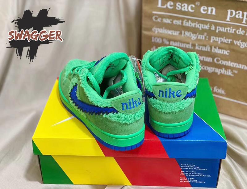 Nike SB Dunk Low Grateful Dead Bears Green sử dụng chất liệu chính hãng chuẩn 99% full box và phụ kiện