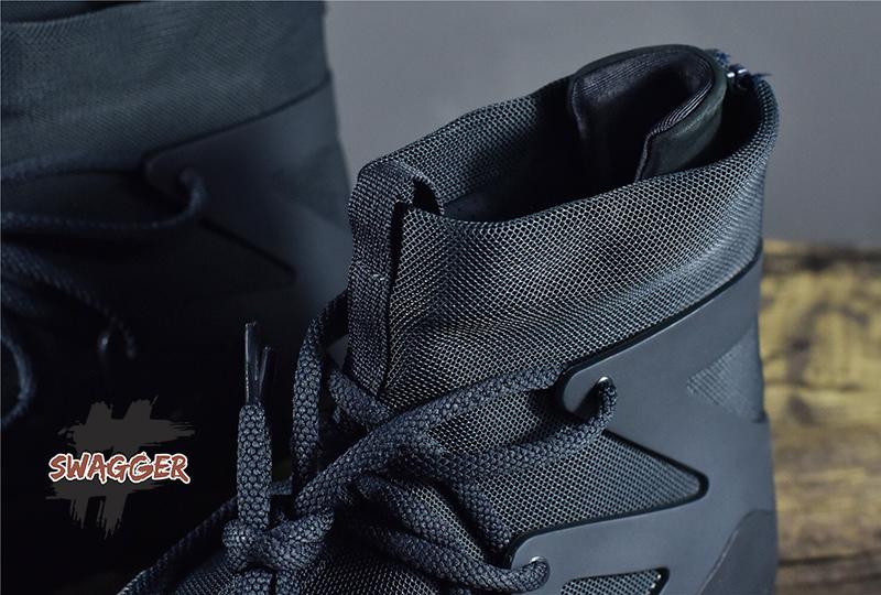 Nike Air Fear OF God 1 Triple Black chuẩn 99% sử dụng chất liệu chính hãng, full box và phụ kiện, liên hệ 09 0233 0236 để được tư vấn