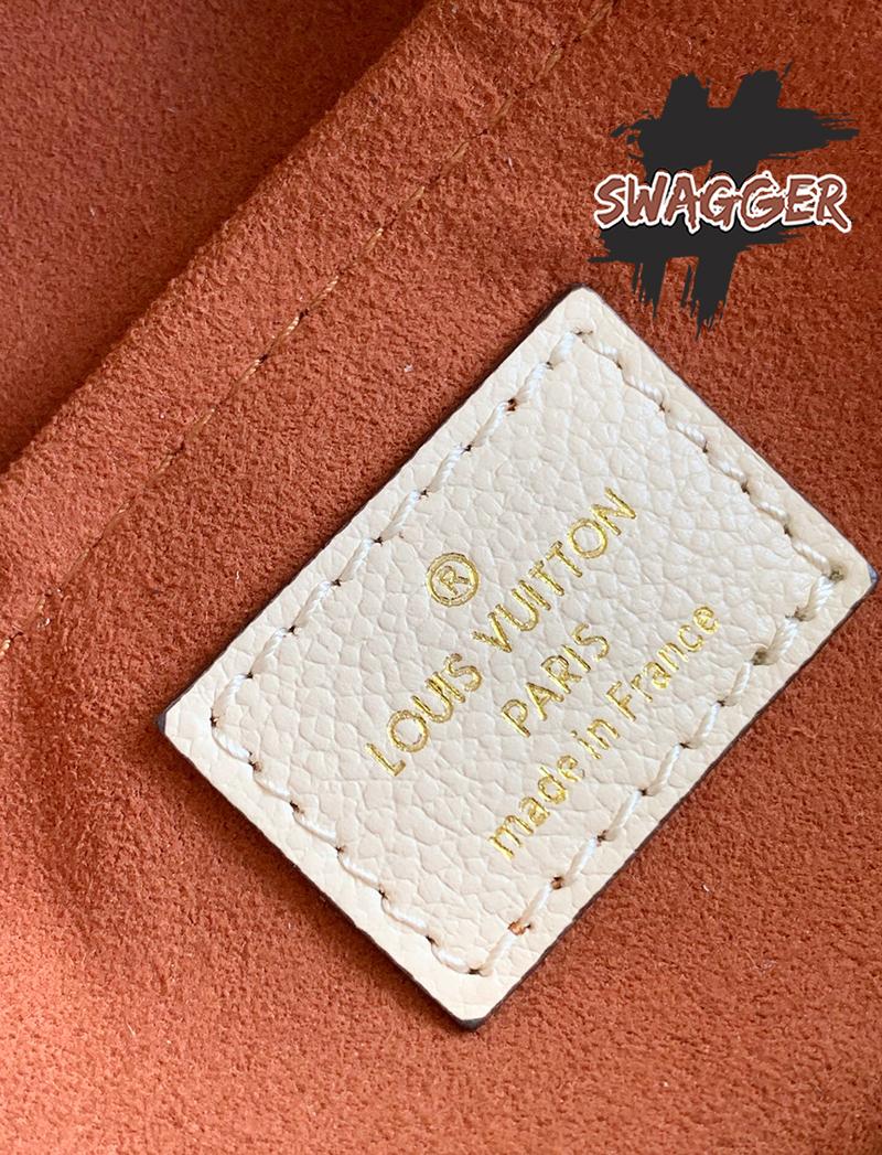 Túi Louis Vuitton Montaigne BB Like Authentic sử dụng chất liệu chính hãng, chuẩn 99%