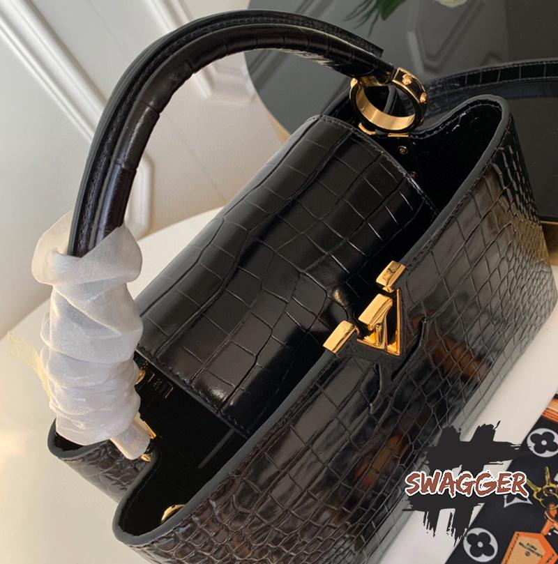 Túi Louis Vuitton Capucines BB Crocodilien Mat Like Authentic sử dụng chất liệu chính hãng, chuẩn 99% full box và phụ kiện, cam kết bán hàng đúng chất lượng