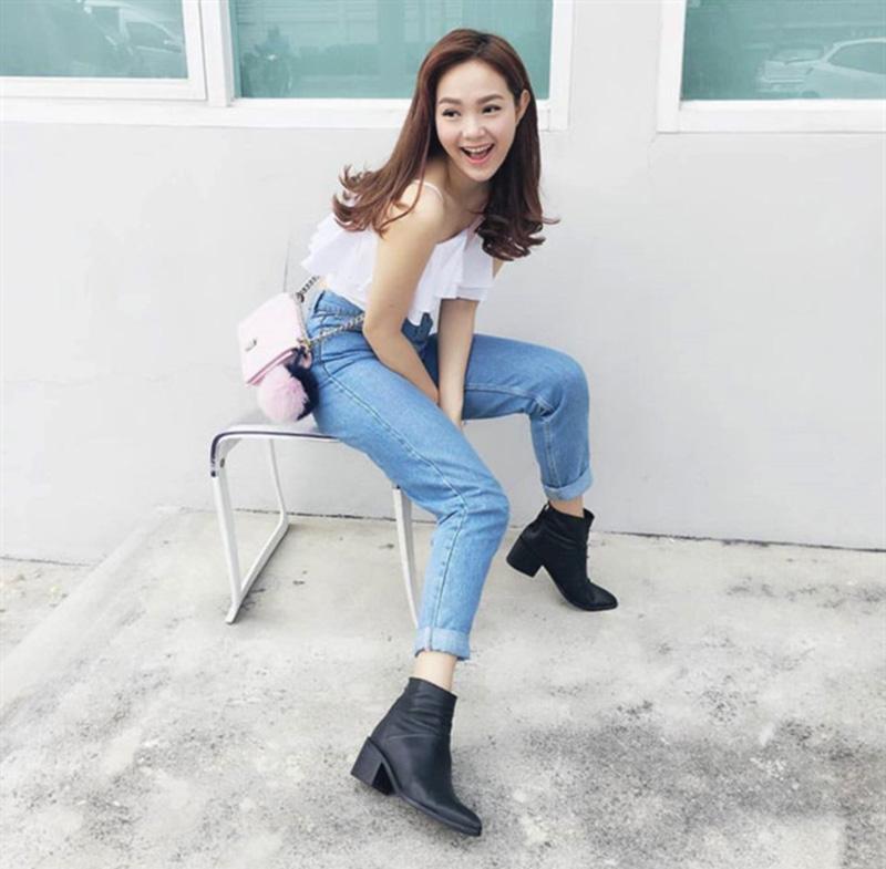 Hướng Dẫn Cách Mix Giày Boots Nữ Cổ Ngắn Cá Tính