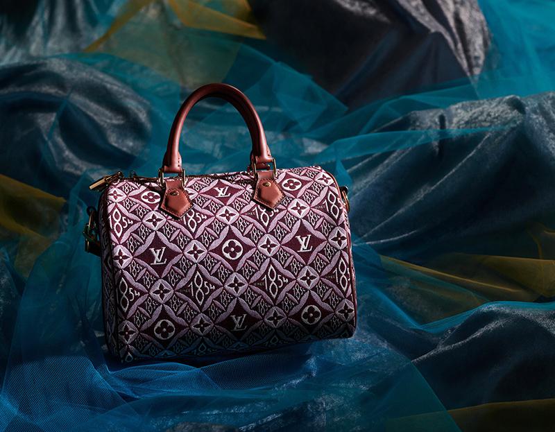 túi louis vuitton là một trong những sản phẩm thời trang được các bạn trẻ yêu thích nhất hiện nay, với thiết kế sang trọng và rất phù hợp với phong cách thời trang của giới trẻ