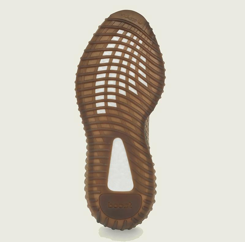 Giày Adidas Yeezy 350 v2 Sand Taupe Chính Hãng Giá Bao Nhiêu