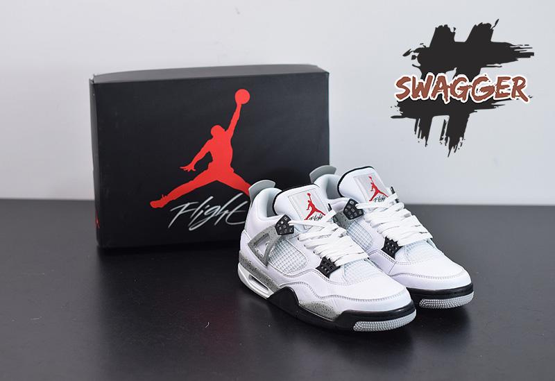 Jordan 4 cement được biết đến là đôi giày thể thao huyền thoại. Thiết kế vừa cổ điển nhưng cũng rất độc đáo của chúng khiến các tín đồ thời trang không thể bỏ qua.