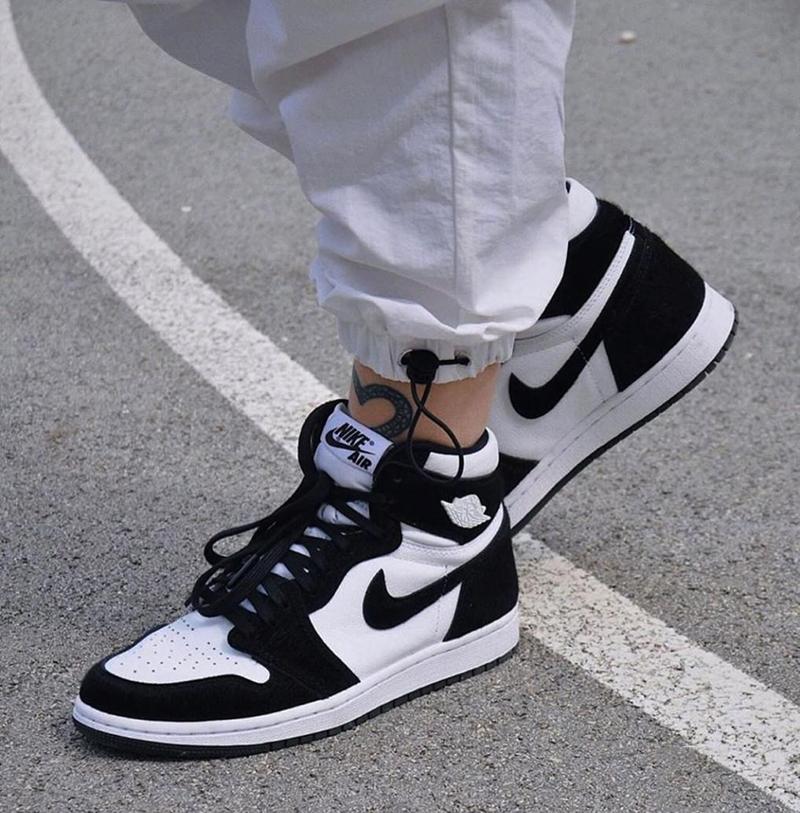 Giày Nike Jordan 1 Panda Chính Hãng Giá Bao Nhiêu