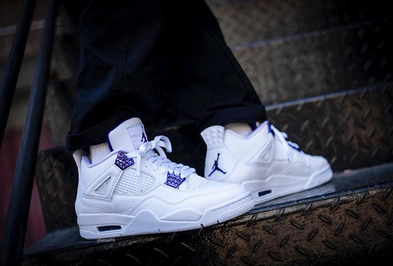 Giày Nike Air Jordan 4 Purple - Siêu phẩm trắng tinh khiết kết hợp tím mộng mơ