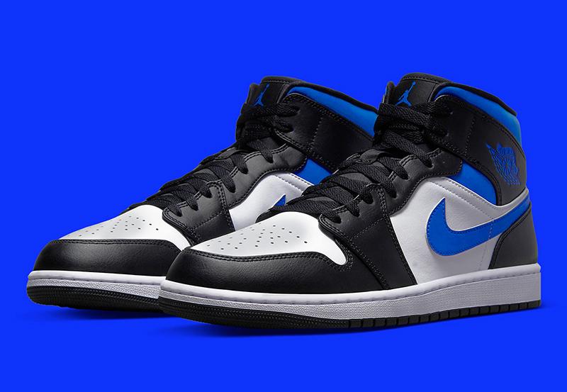 Giày Nike Air Jordan 1 Mid Royal Black White 2021 Chính Hãng Giá Bao Nhiêu ?