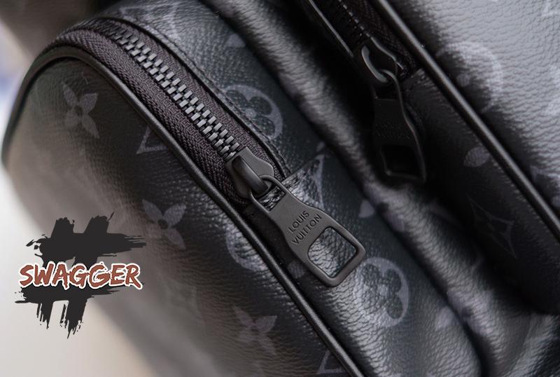 Balo Louis Vuitton Trio Backpack Monogram Eclipse Canvas Like Authentic sử dụng chất liệu chính hãng, được da công hoàn toàn bằng thủ công, chất lượng chuẩn 99%