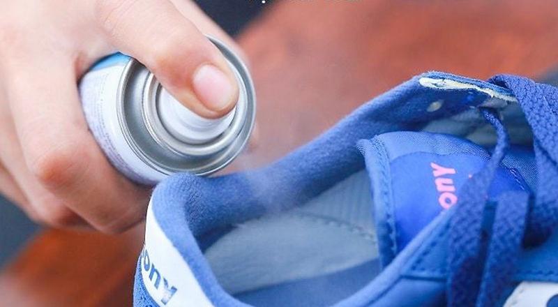 Cách Khử Mùi Hôi Giày Thể Thao Hiệu Quả Nhất