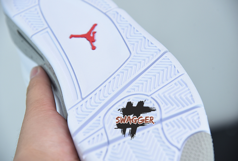 Giày Nike Air Jordan 4 White Oreo 2021 Pk God Factory sử dụng chất liệu chính hãng, chuẩn 99%, full box và phụ kiện, cam kết chất lượng tốt nhất
