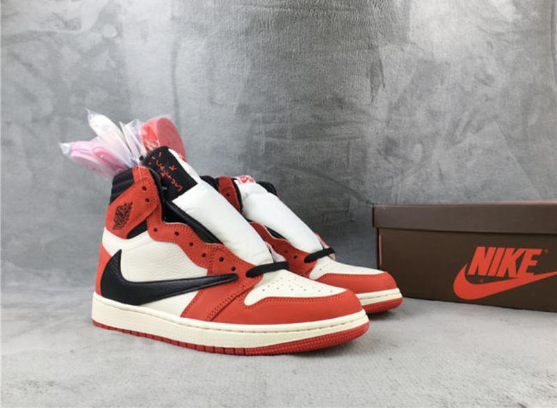 Giày Nike Air Jordan 1 Travis Scott Chicago chất lượng pk god, sử dụng chất liệu chính hãng chuẩn 99% chất lượng tốt nhất hiện nay best quality