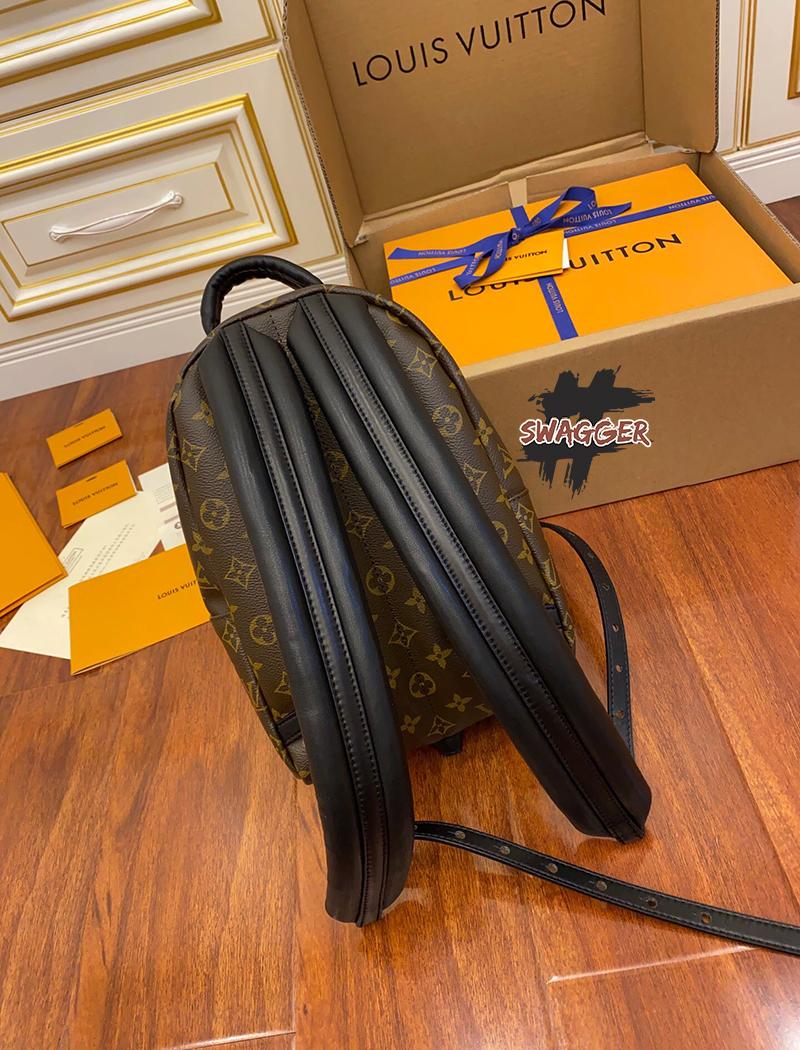 Balo Louis Vuitton Palm Springs Pm Monogram Handbags Like Authentic sử dụng chất liệu da thật nguyên bản như chính hãng, sản xuất hoàn toàn bằng thủ công, cam kết chất lượng tốt nhất