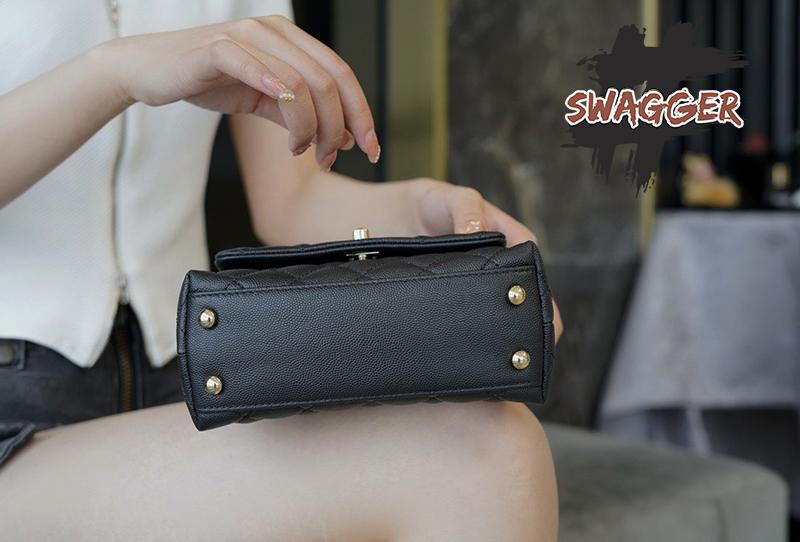 Túi Xách Chanel Coco Mini Handle Bag Like Authentic sử dụng chất liệu da nguyên bản như chính hãng, sản xuất hoàn toàn bằng thủ công, cam kết chất lượng tốt nhất hiện nay