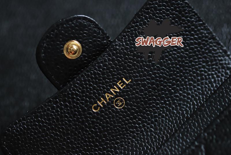 Chanel Grained Calfskin & Gold-Tone Metal Black Classic Flap Wallet Like Authentic sử dụng chất liệu chính hãng, sản xuất bằng thủ công, chuẩn 99%, full box và phụ kiện, cam kết chất lượng tốt nhất