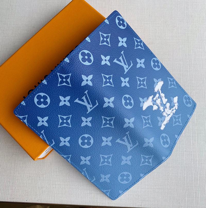 Ví Louis Vuitton Brazza Wallet Monogram Clouds Like Authentic sử dụng chất liệu chính hãng, sản xuất hoàn toàn bằng thủ công, chất lượng tốt nhất hiện nay, full box và phụ kiện