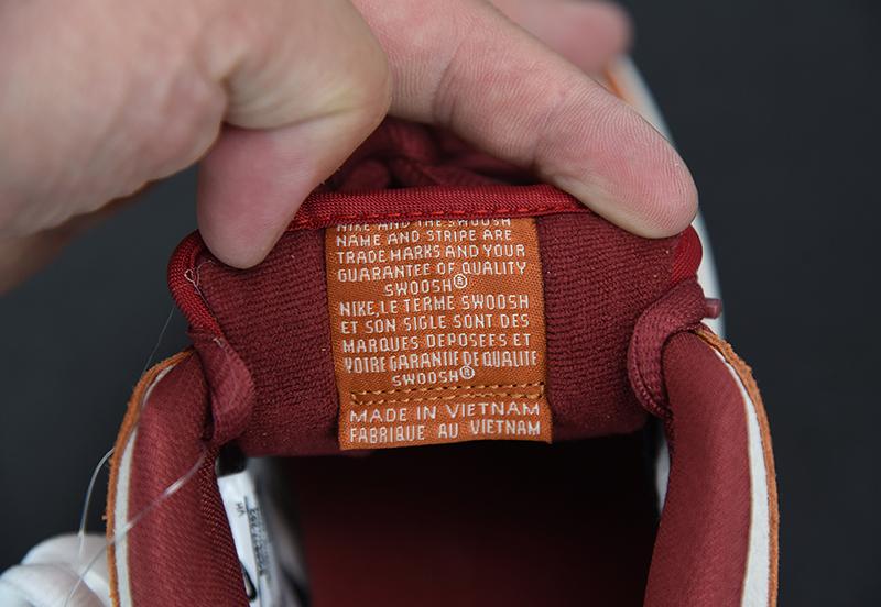 Giày Nike Dunk Russet Cedar PK God Factory sử dụng chất liệu chính hãng, sản xuất hoàn toàn bằng thủ công, chất lượng tốt nhất hiện nay