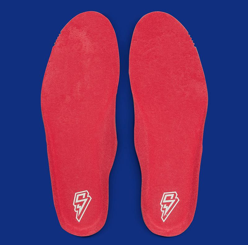 Giày Nike Air Trainer 3 Saquon Barkley là một trong những đôi giày đáng chờ đợi và đươc ra mắt vào tháng 10/2021 hôm nay chúng ta cùng khám phá chi tiết đôi giày này